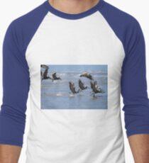 Brown Pelicans Take Flight 2 Men's Baseball ¾ T-Shirt