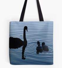 """""""Hey Mum, you have two necks..!"""" Tote Bag"""