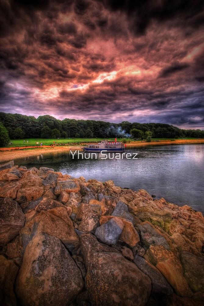 Rock The Boat by Yhun Suarez