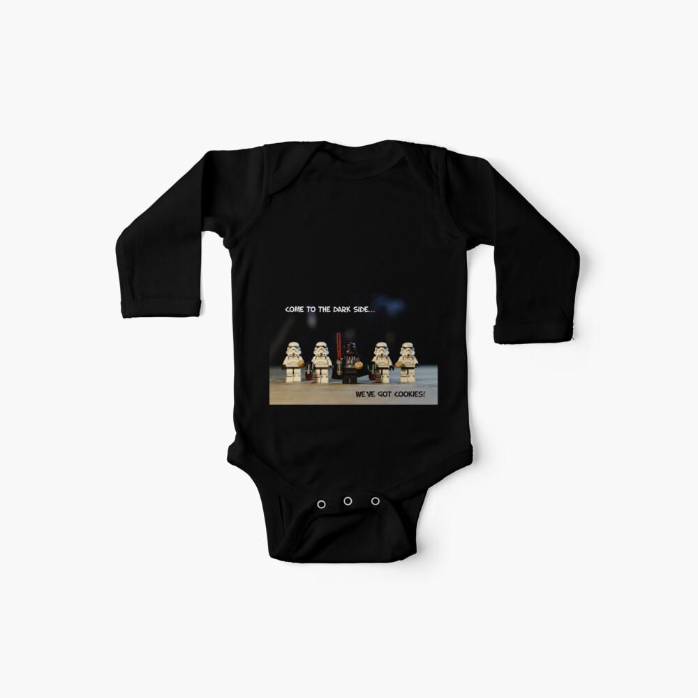Dunkle Seiten-Plätzchen Baby Bodys