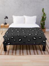 Totoro - Soot Sprites Pattern Throw Blanket