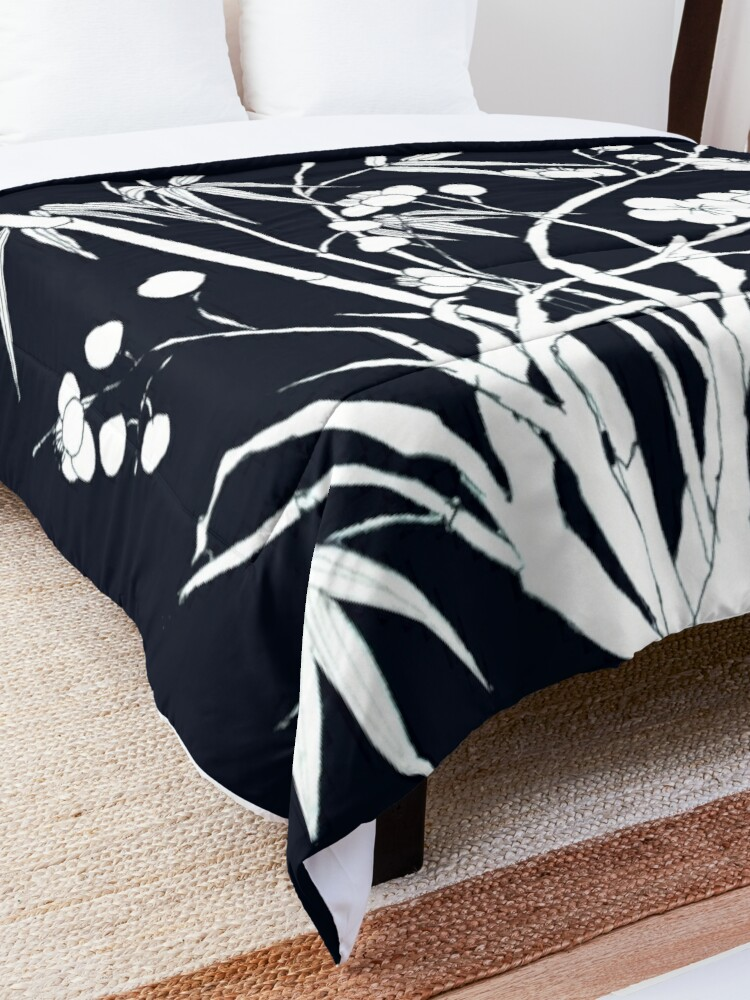 Alternate view of bamboo and plum flower Comforter
