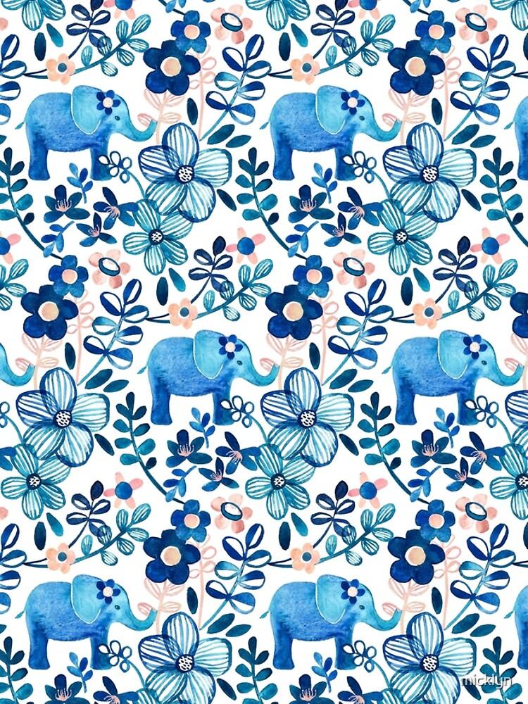 Rosa, weißer und blauer Elefant und Blumenaquarell-Muster erröten von micklyn
