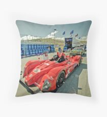 carros 10 Throw Pillow