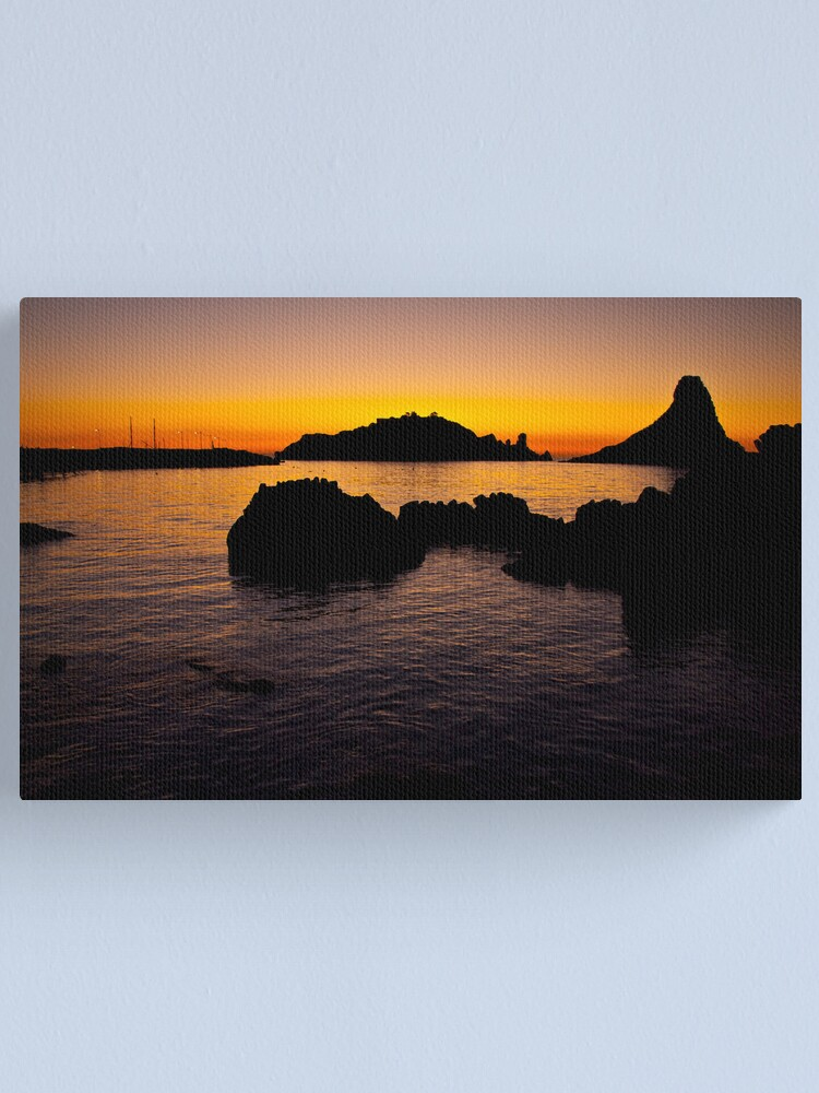 Alternate view of Silhouettes trezzote Canvas Print