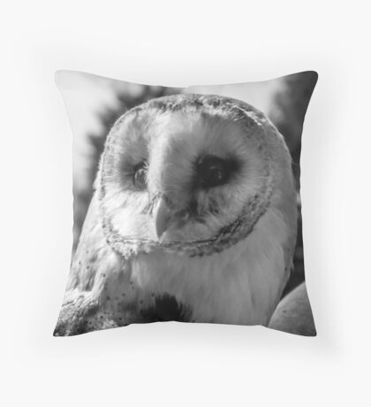 Barn Owl in Black and white  Throw Pillow