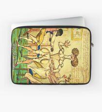 1819 Fashionista | Schmerzhafte Mode | Zu sehen in der Met Gallery 999 Laptoptasche