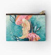 Jellyfish tangling Studio Pouch