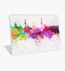 Hannover skyline in watercolor background Laptop Skin