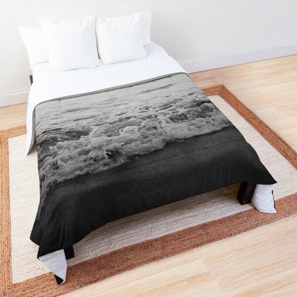 Ocean Crash Comforter