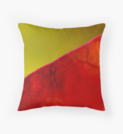 Smoke bush leaf study Throw Pillow