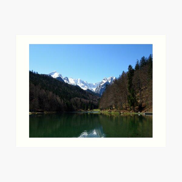 Lake Riessersee. Mountain Zugspitze. Kunstdruck