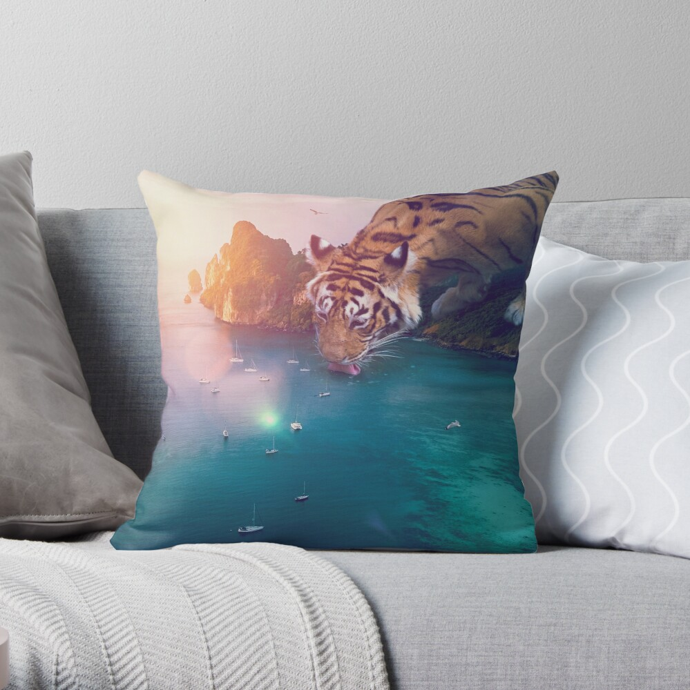 stay hydrated II Throw Pillow