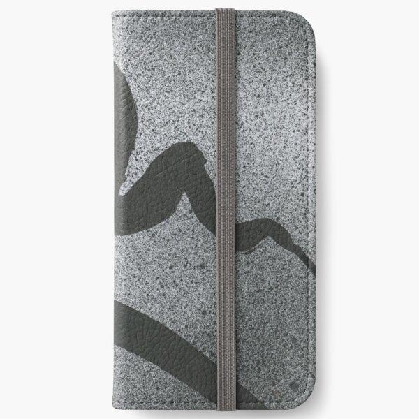 Movement (4) iPhone Wallet