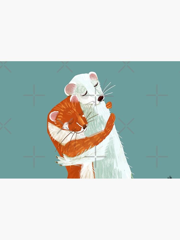 Weasel hugs de belettelepink