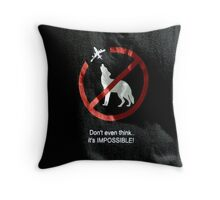 Maa Hen Krueng Bin Throw Pillow