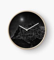 Mond über dem Eiger Uhr