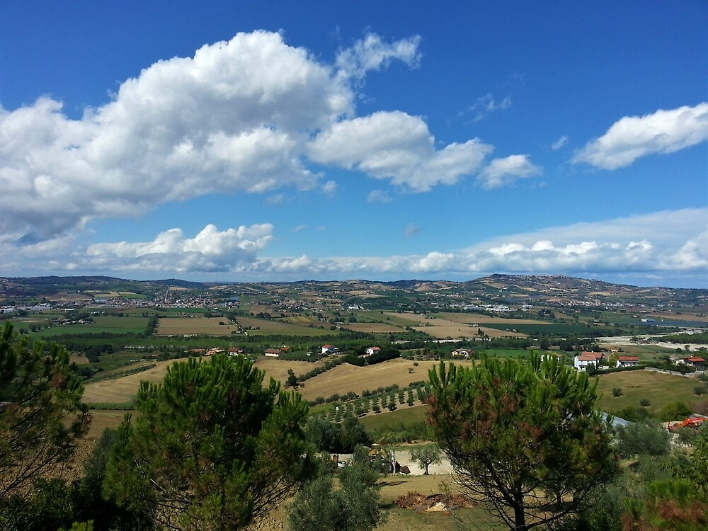Italian Countryside by tomeoftrovius