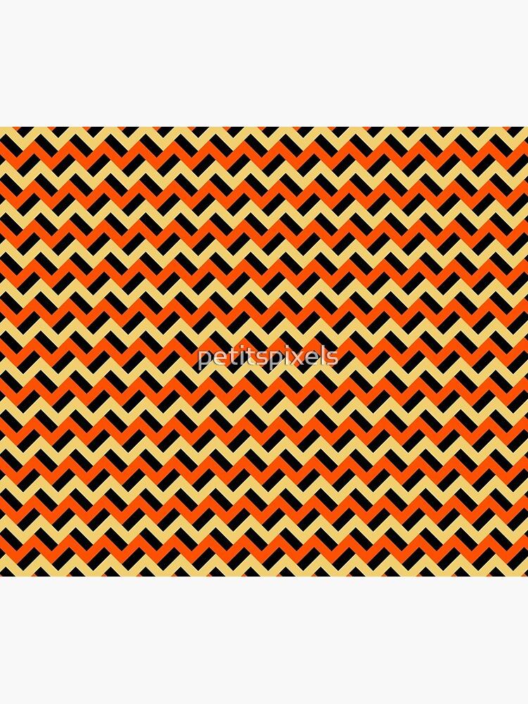 Pumpkin-esque zigzags by petitspixels