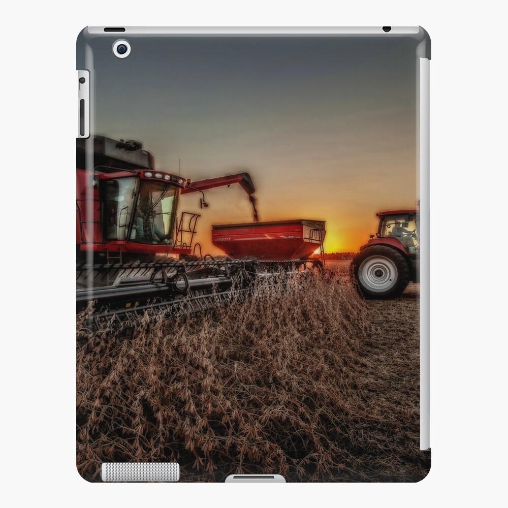 Bean Harvest at Sunset Funda y vinilo para iPad