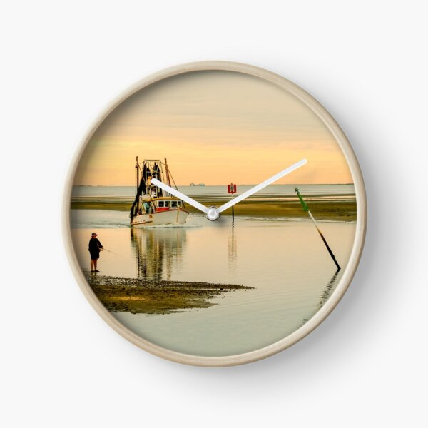 Trawler Returning Clock