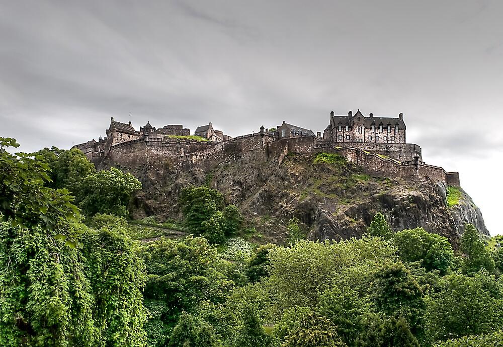 Edinburgh Castle, Scotland by mdgaskell