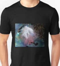 Feather & Pearl T-Shirt - New Zealand T-Shirt