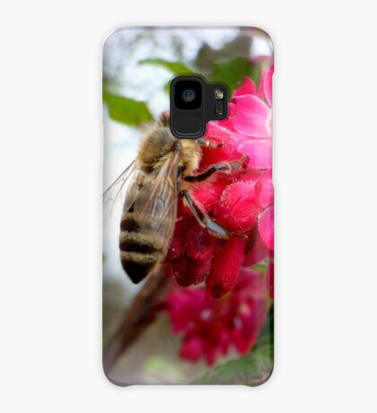Bee on blooming jostaberry  Case/Skin for Samsung Galaxy