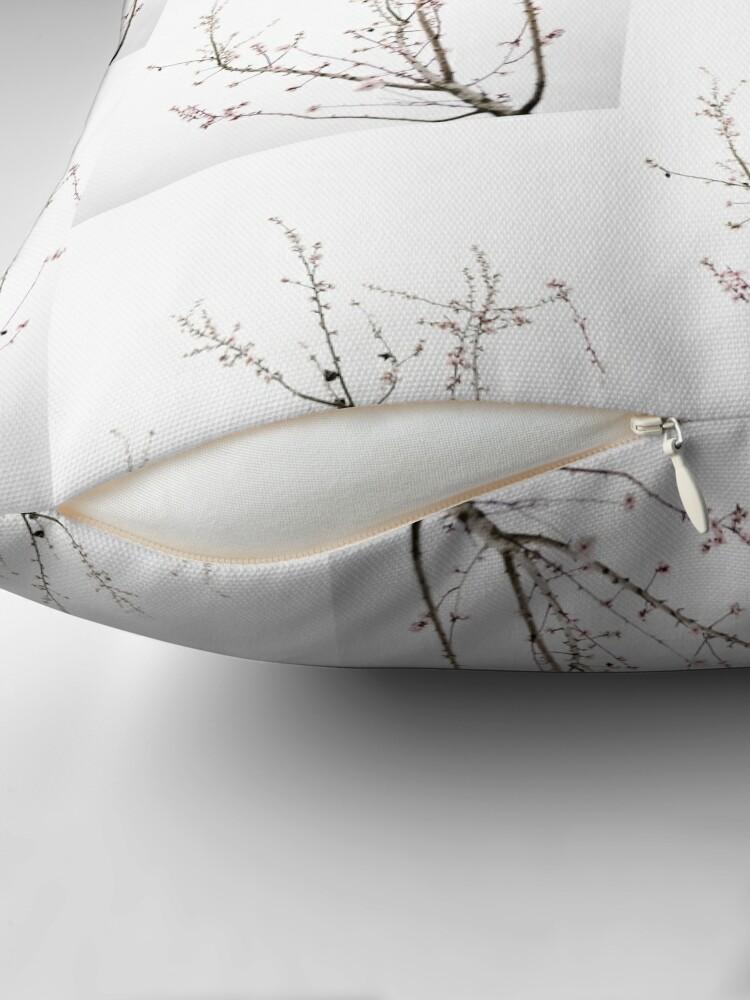 Alternative Ansicht von Mandelbaum Pflanze minimalistisch Bodenkissen
