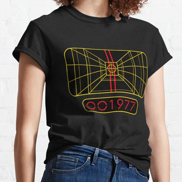 STAY ON TARGET 1977 TARGETING COMPUTER Classic T-Shirt