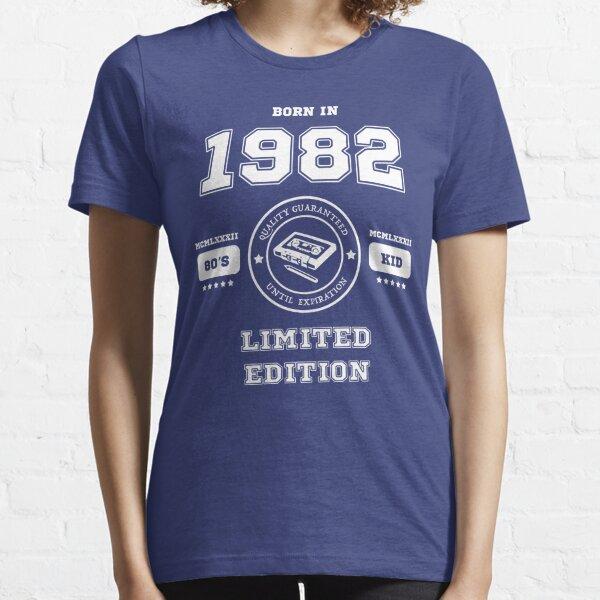Nacido en 1982 Camiseta esencial