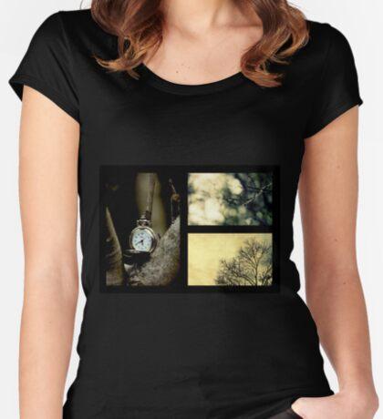 Impressionen des Winters Tailliertes Rundhals-Shirt