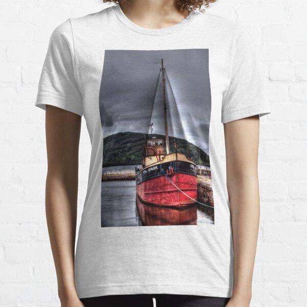 Vital Spark - The Clyde Puffer Essential T-Shirt