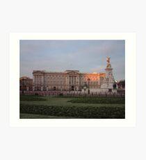 a Quiet View of Buckingham Palace Art Print