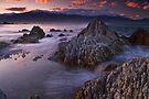 Kaikoura dusk by Paul Mercer