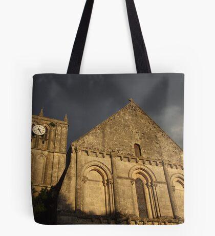 Eglise de Saint Savinien Tote Bag