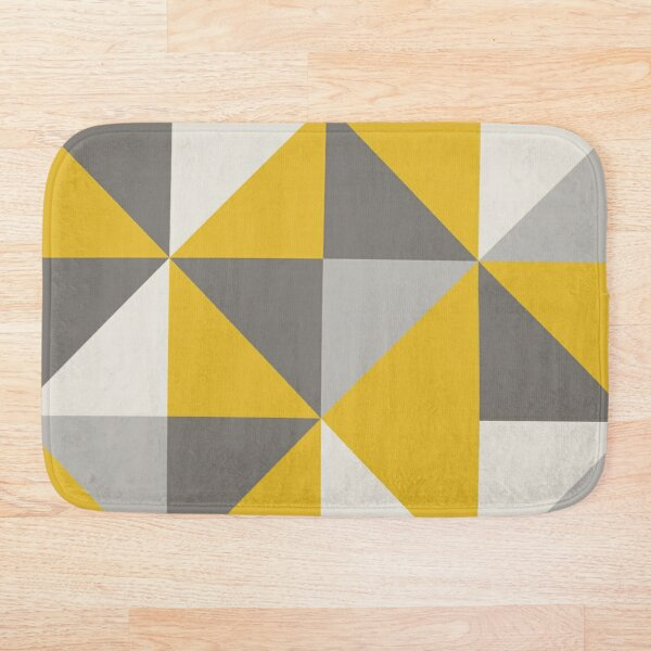 Retro Triangle Design in Yellow and Grey Bath Mat