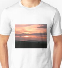 Strong red sunset - Donegal Ireland Unisex T-Shirt
