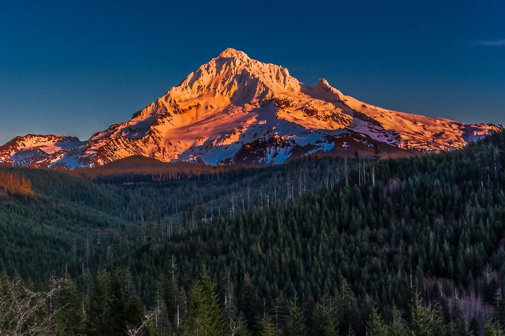 Mount Hood Sunset by Zigzagmtart