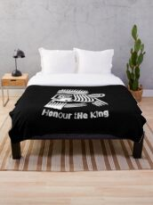 Honor The King  Throw Blanket