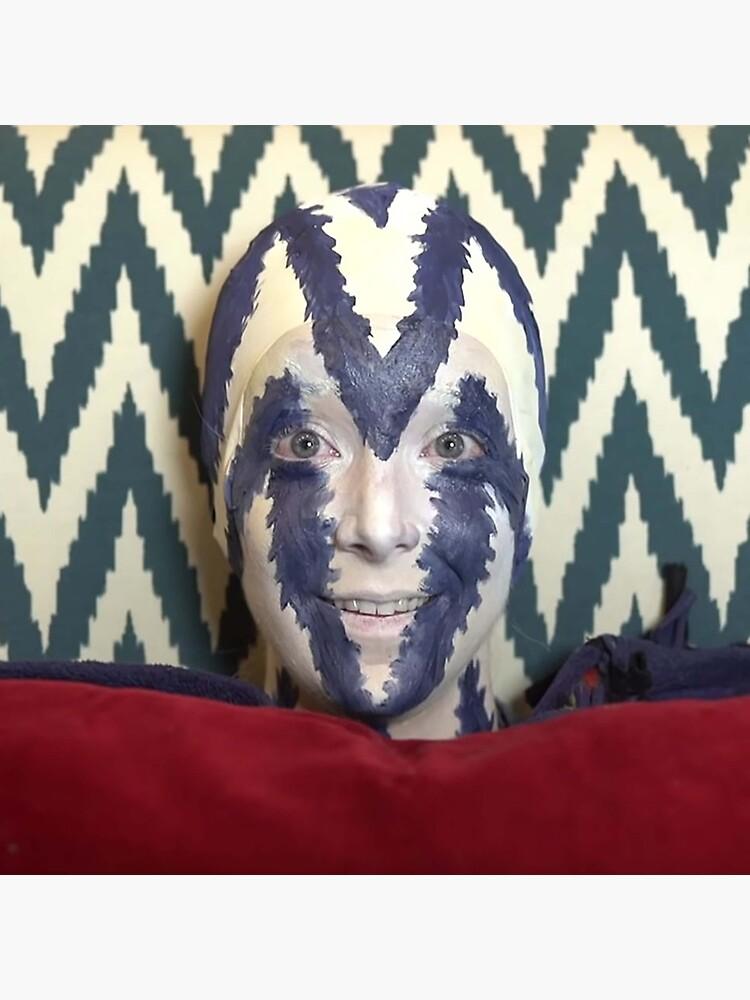 I'm a chair (pillow) beech by scrambledtofu