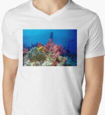 Big small world Mens V-Neck T-Shirt