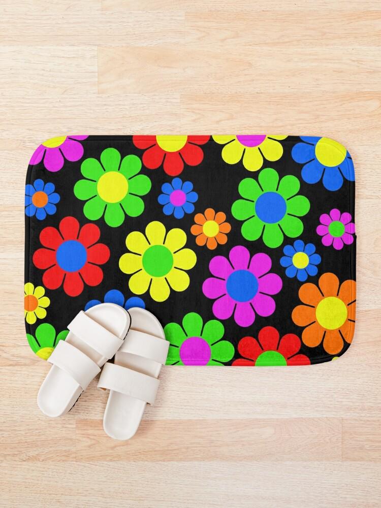 Alternate view of Hippy Flower Daisy Spring Pattern Bath Mat