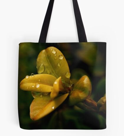 Dew Drop Tapestry Tote Bag