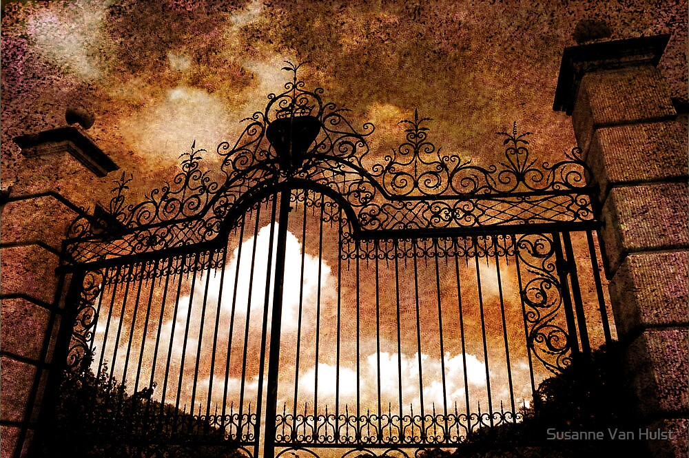 Who is knocking on heavens door by Susanne Van Hulst