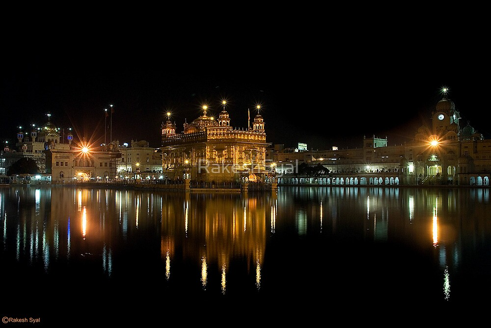 GOLDEN TEMPLE @ NIGHT by RakeshSyal