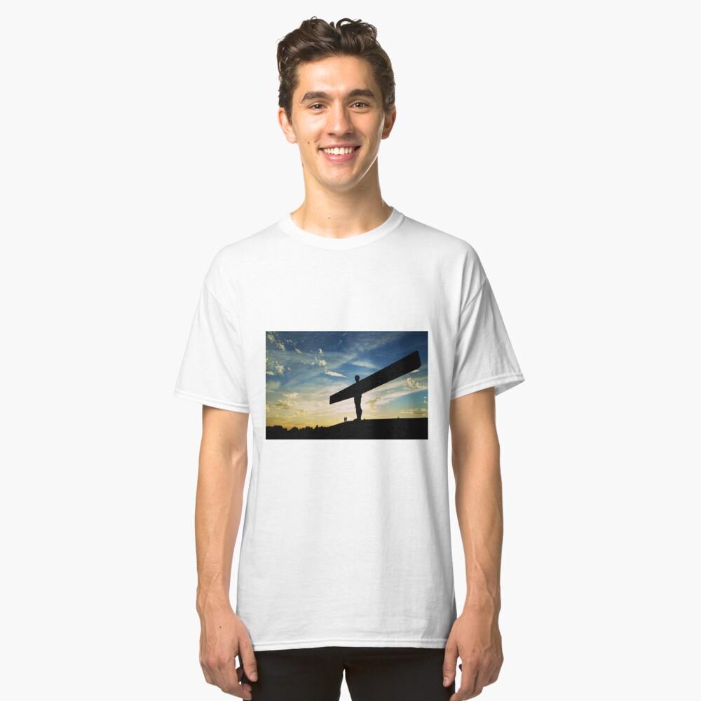 Angel of the North, Sunset, Newcastle-Gateshead Classic T-Shirt