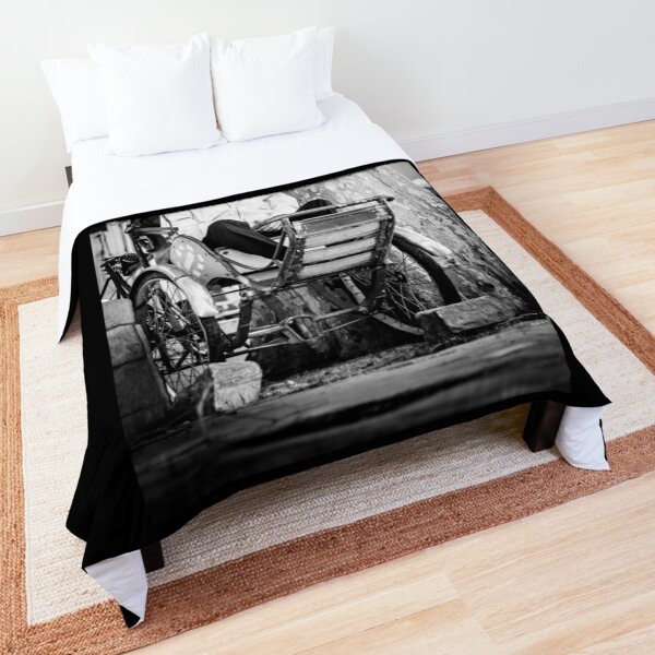Pouss Pouss Man  Comforter