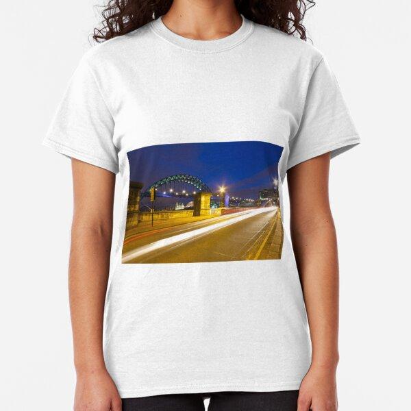 Swing Bridge Headlights Classic T-Shirt