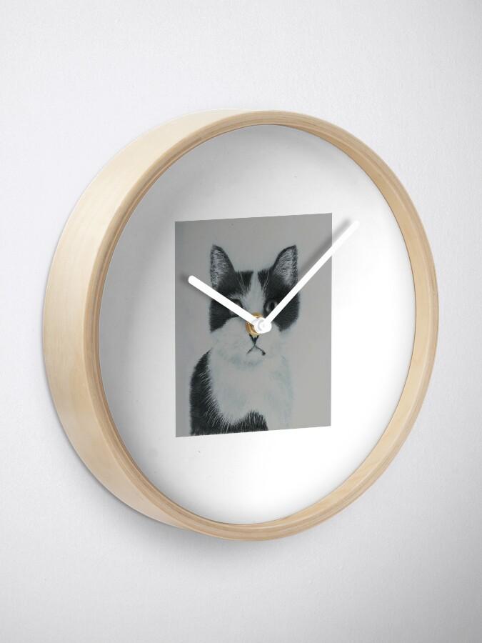 Alternate view of Ozzy Superstar Clock
